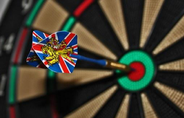 Darts, Target, Bull'S Eye, Delivering